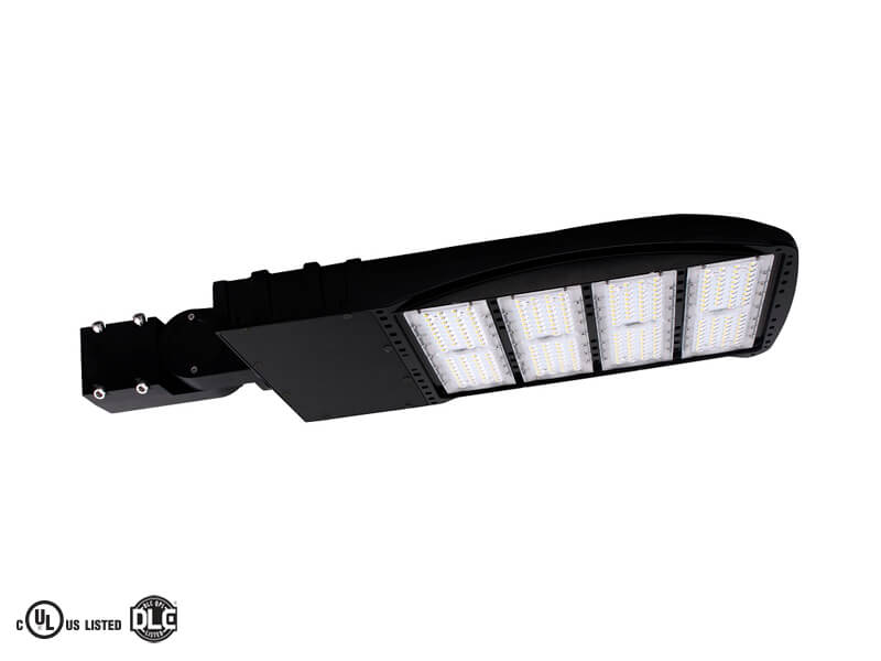 Outdoor Pole/Arm-Mounted Area and Roadway Luminaires (PQ6VG7W5)