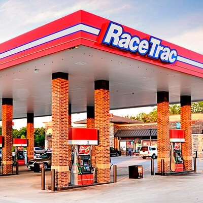 RaceTrac outside with pumps